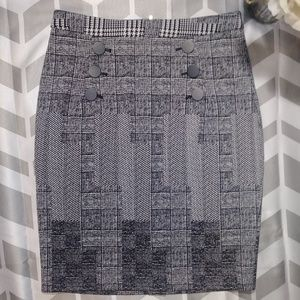 H&M Houndstooth Geometric Checked Pencil Skirt